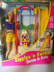 GIGGLE 'N SWING BARBIE & KELLY 1998  NRFB