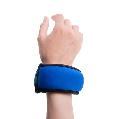 Model wearing CAP Fitness Wrist Weight