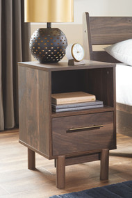 Calverson Mocha One Drawer Night Stand