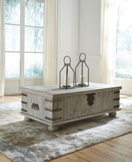 Carynhurst White Lift Top Cocktail Table