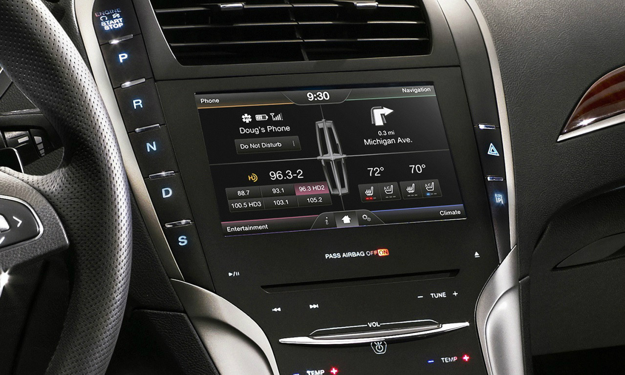 2013 2014 2015 2016 Lincoln MKZ Navigation Kit for MyFord Touch Systems - Installed View
