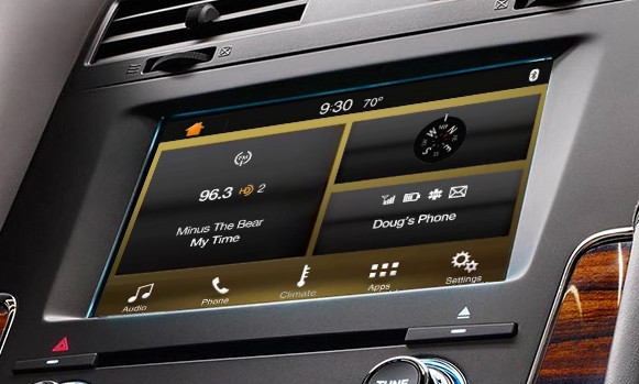 2015 Lincoln Navigator SYNC 3 Retrofit Kit for MyLincoln Touch Vehicles - Installed View