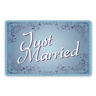 These wedding car sign magnets are perfect for decorating the getaway car of the bride and groom.
