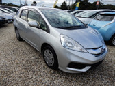 2014 Honda Fit Shuttle Hybrid 5 seater(#0858)