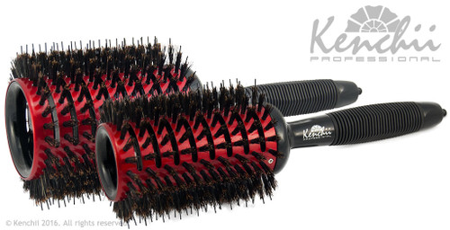 Rapide Vent Brush Kit includes large and extra large Rapide Vent brushes.