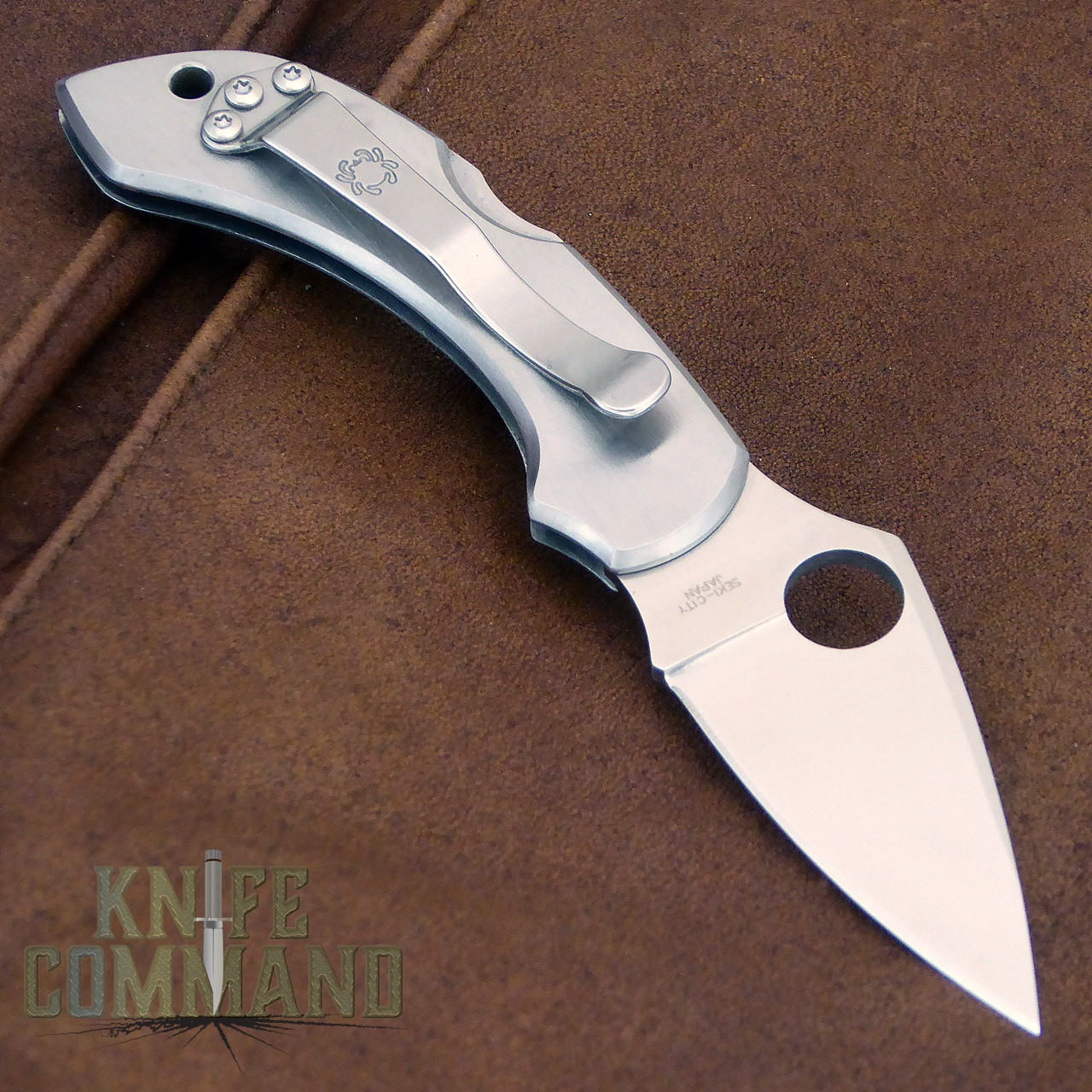 Spyderco Dragonfly Santa Fe Stoneworks Blue Line Special Knife.  Stainless steel knife with pocket clip.