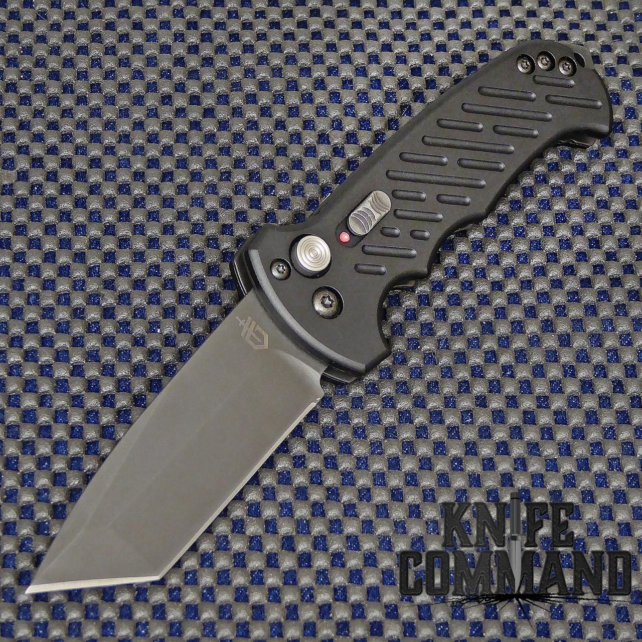 Gerber 06 Auto Tanto Blade Automatic Knife Plain Edge 30-001297.  Tanto fine edge blade.