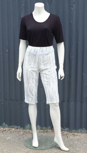 Zeb Capri Shorts