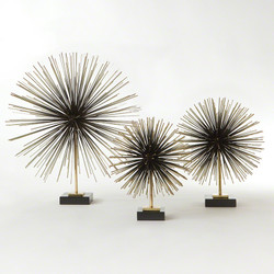 Boom Tabletop Sculpture - Brass - Med
