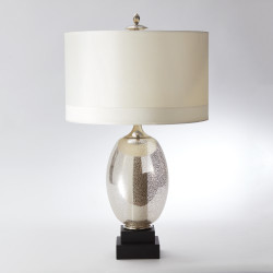 Illuminated Oval Lamp