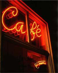 Art Classics Cafe, Neon