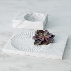 Global Views Carved Marble Plateau - White - Thin