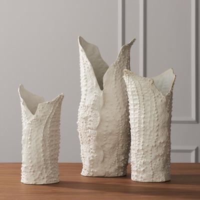 Global Views Crocodile Vase - Matte White - Lg