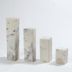 4 Marble Mini Pedestal/Riser - Lg