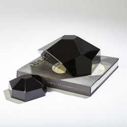 Crystal Paper Weight - Black - Lg