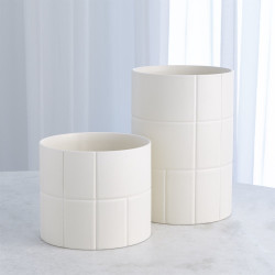 Encircle Vase - Chalk - Lg
