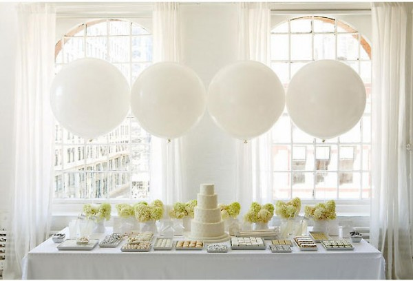 white-balloons-for-wedding.jpg