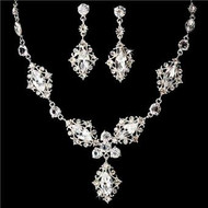 Elegant Swarovski Crystal Bridal Wedding Prom Earrings Necklace Set WS8315