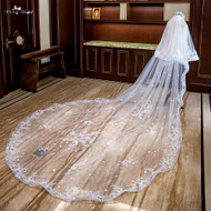 ivory cathedral veil with lace