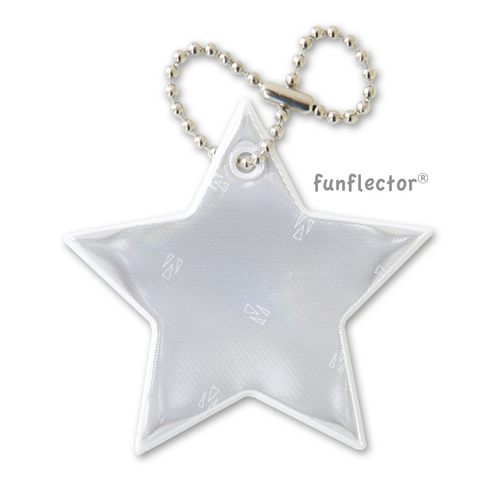 White star 3M Scotchlite soft reflector with metal ball chain attachment. Width 6cm (2 3/8 inches).