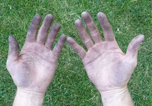 typical-charcoal-grill-hands.jpg
