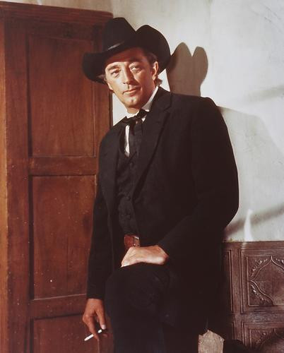 This is an image of 242221 Robert Mitchum Photograph & Poster