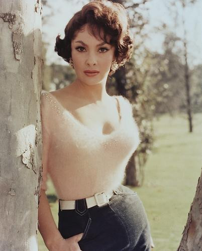 This is an image of 228214 Gina Lollobrigida Photograph & Poster
