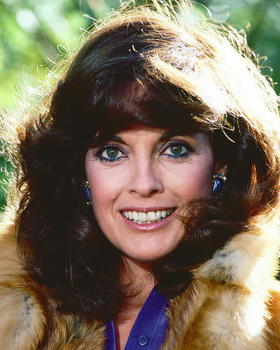 This is an image of 249795 Linda Gray Photograph & Poster