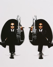 This is an image of 252913 Will Smith & Tommy Lee Jones Photograph & Poster