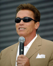 This is an image of 256053 Arnold Schwarzenegger Photograph & Poster