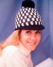 This is an image of 262836 Elizabeth Montgomery Photograph & Poster