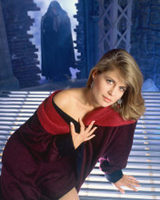 This is an image of 266954 Linda Hamilton Photograph & Poster