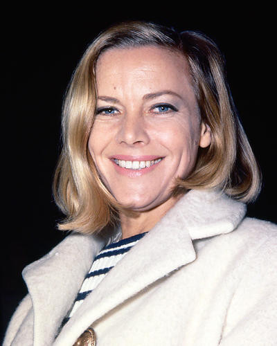 This is an image of 266838 Honor Blackman Photograph & Poster