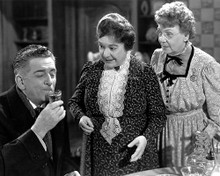 This is an image of 179226 Arsenic and Old Lace Photograph & Poster