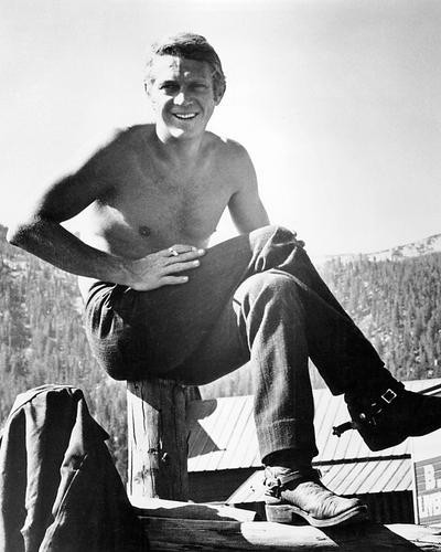 This is an image of 194373 Steve McQueen Photograph & Poster