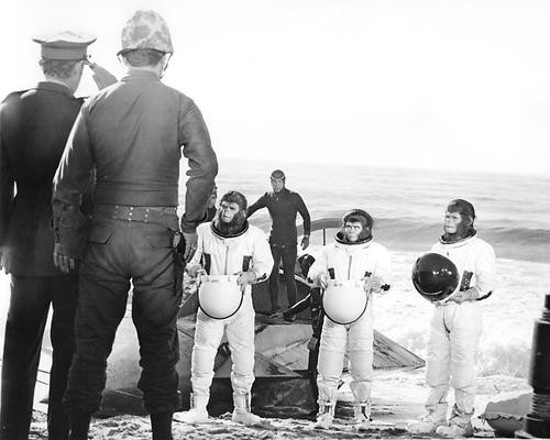 This is an image of 193712 Escape from the Planet of the Apes Photograph & Poster