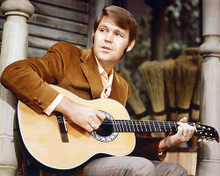 This is an image of 231358 Glen Campbell Photograph & Poster