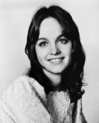 This is an image of 170005 Pamela Sue Martin Photograph & Poster