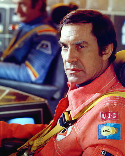 This is an image of 239261 Martin Landau Photograph & Poster