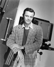 This is an image of Photograph & Poster of Jack Lemmon 194636