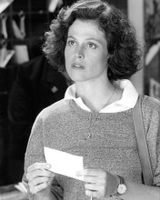 This is an image of Photograph & Poster of Sigourney Weaver 195048