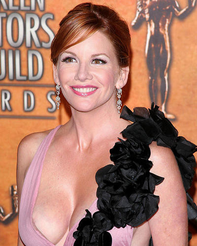 This is an image of Photograph & Poster of Melissa Gilbert 284640