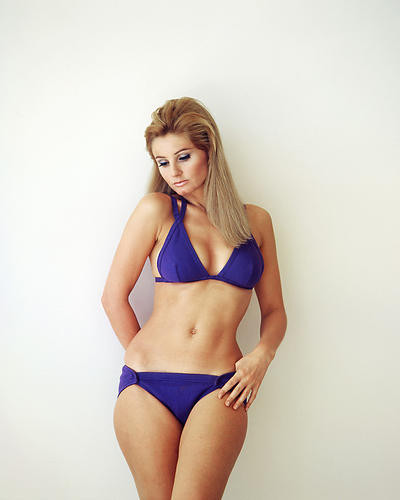 This is an image of Photograph & Poster of Jill Ireland 284897