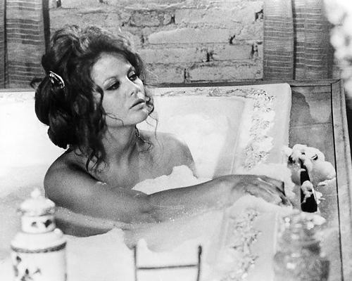 This is an image of Photograph & Poster of Claudia Cardinale 195483