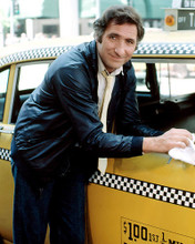 This is an image of Photograph & Poster of Judd Hirsch 285139