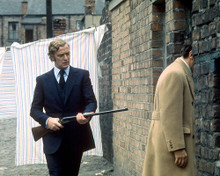 This is an image of Photograph & Poster of Michael Caine 290629