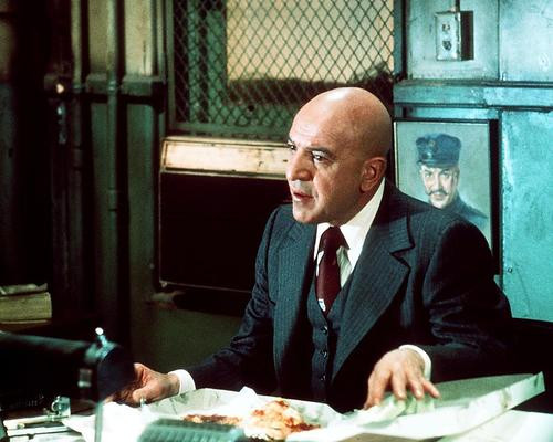 This is an image of Photograph & Poster of Telly Savalas 290645