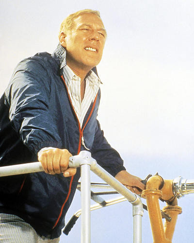 This is an image of Photograph & Poster of George Kennedy 290723