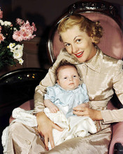 This is an image of Photograph & Poster of Joan Fontaine 290915