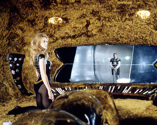This is an image of Photograph & Poster of Barbarella 290899